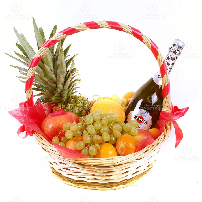 statia korzina s fruktami